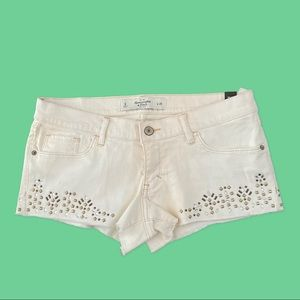 Abercrombie & Fitch Off White Jean Shorts Size 6